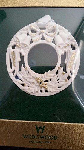 """Wedgwood White Jasper 2000 Christmas Ornament """"Noel"""""""