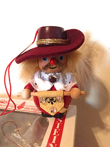 Steinbach Ornament Musketeer Scroll Feather in Hat