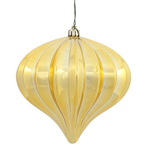 Vickerman N151208DSV Onion Ornament with a Shiny UV Resistant Finish, 5.7″ x 5.5″, Gold