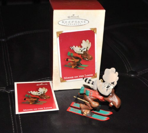 Hallmark Keepsake Ornament – Moose on the Loose 2003 (QXG8579)