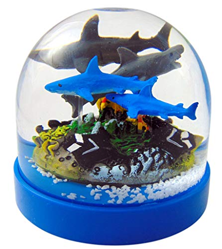 Rhode Island Novelty Shark Snow Globe with Great White and Manta Rays Water Globe Souvenir Gift