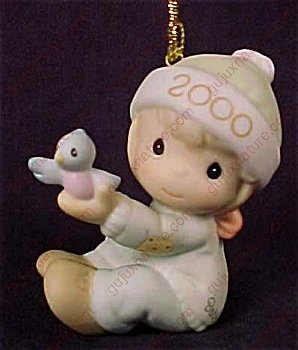 Precious Moments 2000 Baby's 1st Christmas-Boy #730106