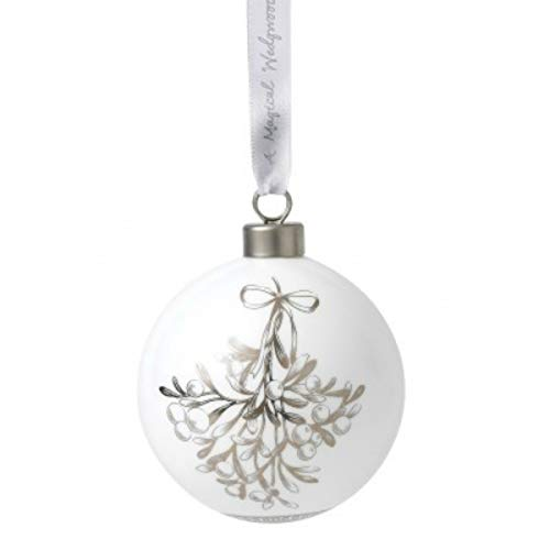 Wedgwood 2019 Fine Bone China Ornaments – Mistletoe