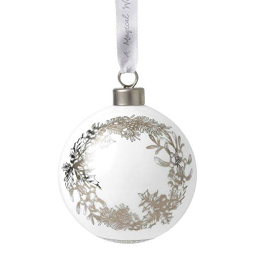 Wedgwood 2019 Fine Bone China Ornaments – Wreath