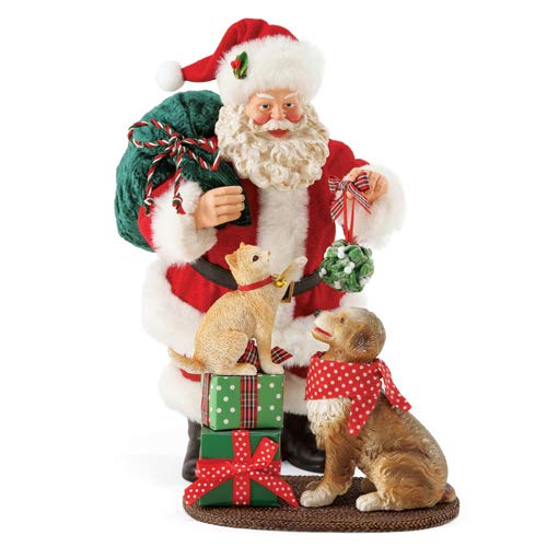 Department 56 Santa and his Pets Mistletoe and Holly, 10″ Figurine, Multicolor