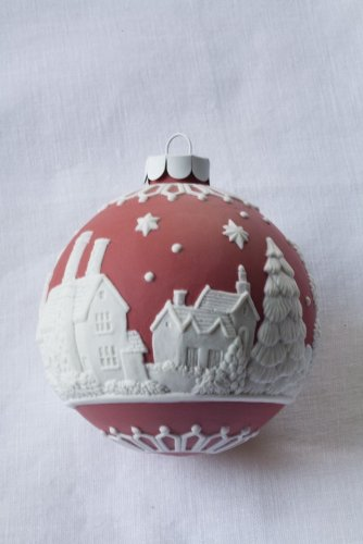 Wedgwood English Countryside Ornament, Red