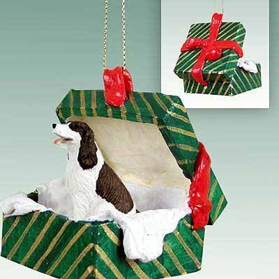 Conversation Concepts Springer Spaniel Green Gift Box Dog Ornament – Liver & White
