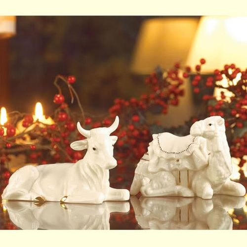 Belleek Holiday Collection Manger Set